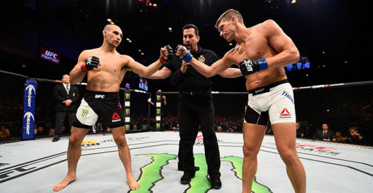 Rory-MacDonald-Stephen-Thompson stand off.png